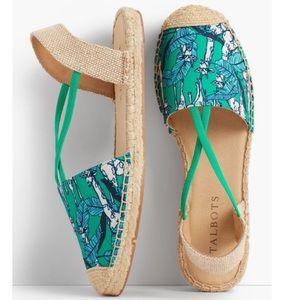 Talbots Ivy Giraffe Aqua Espadrilles Sandals 10.5